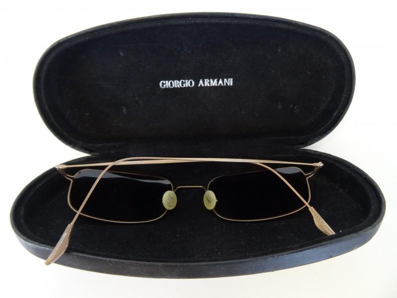 zonnebril Giorgio Armani met brillendoos
