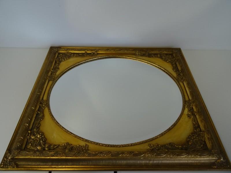 Ovale spiegel, vierkant gekaderd