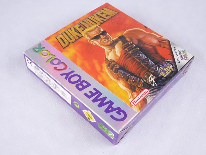 Game Boy Color spel: Duke Nukem.