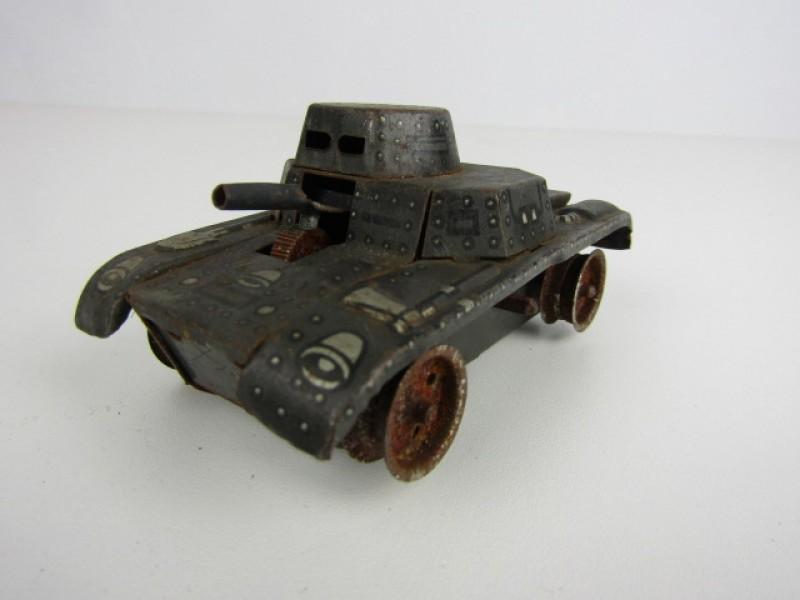 Blikken Speelgoed, Tank