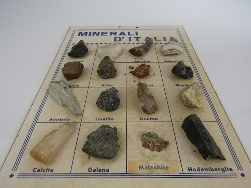 Minerali D' Italia / 15 mineralen uit Italië