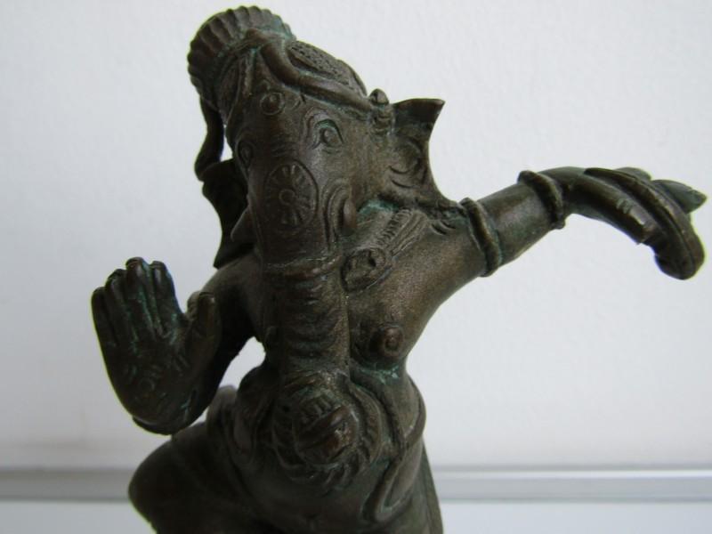 Beeld: Dansende Hindoe God: Ganesha