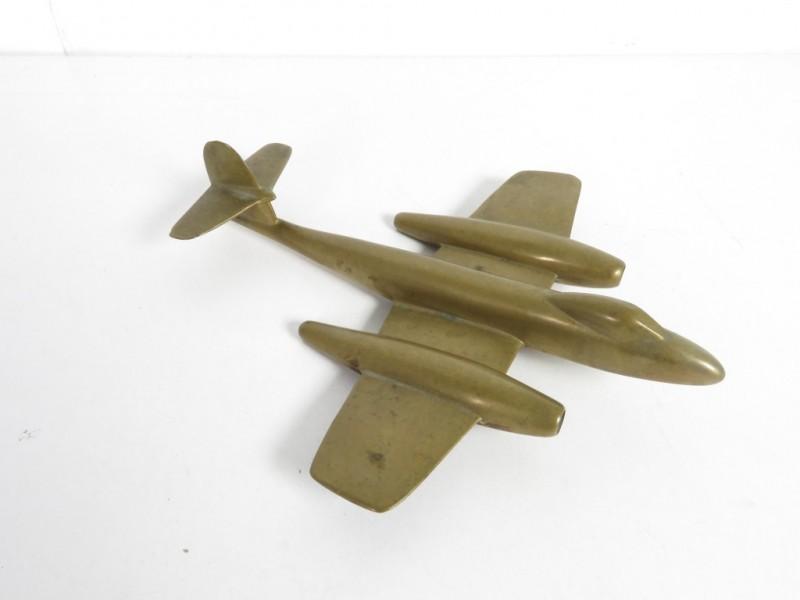 Koperen schaalmodel vliegtuig