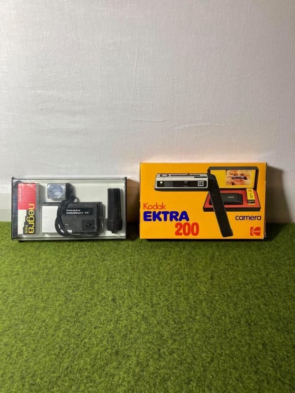 2 retro fototoestellen