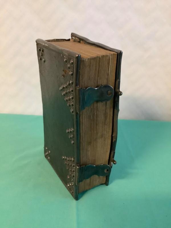 Oude boek: Christelijke onderwijzingen en gebeden