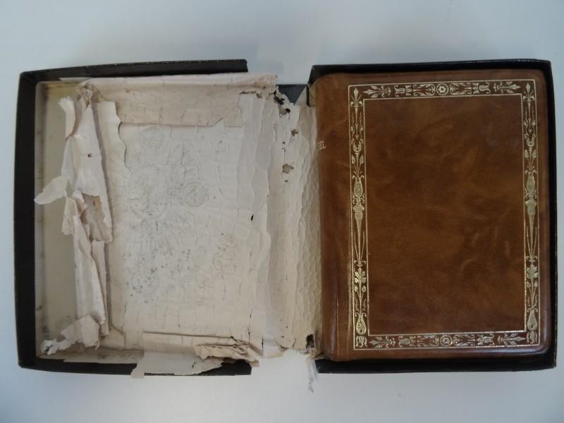 Missel de la sainte bible 1924 in origineel doosje