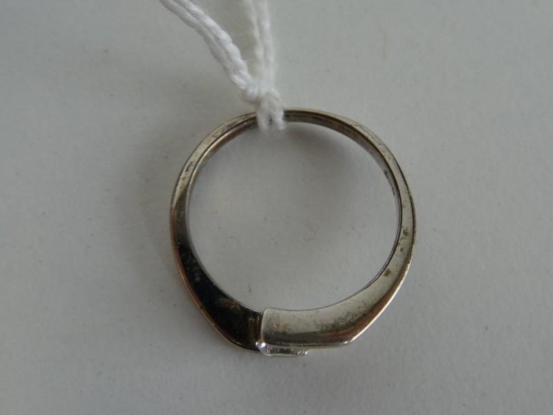 Ring met steentje 925 zilver
