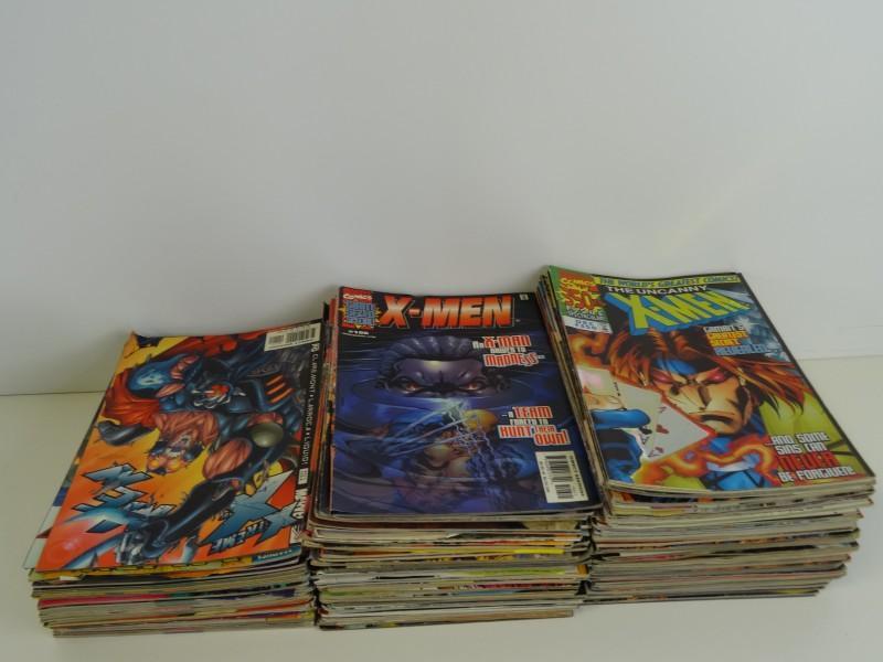 een lot van ongeveer 130 tijdschriften Marvel X-Men Engelstalig jaren 2000