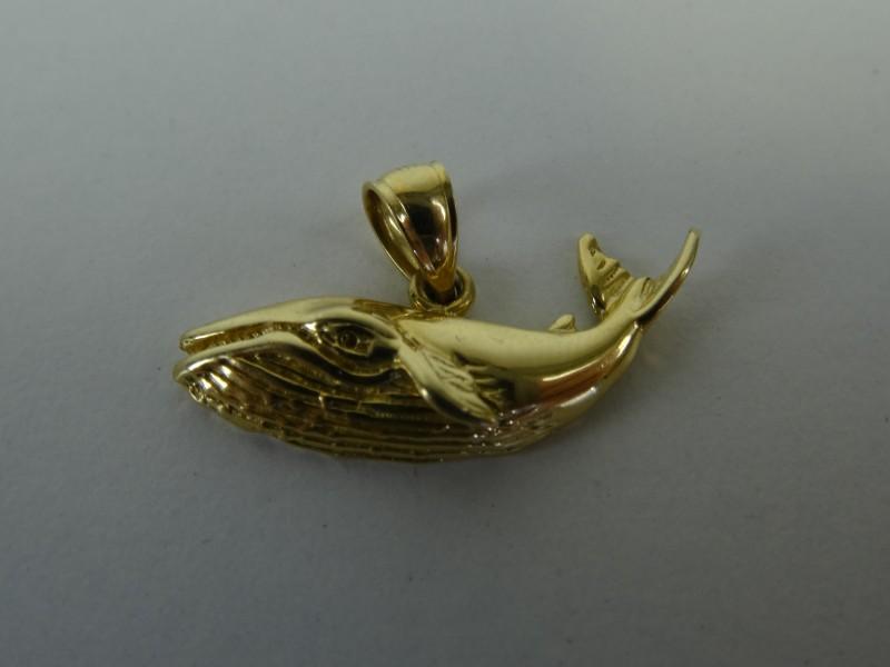 Gouden hangertje walvis 14KT