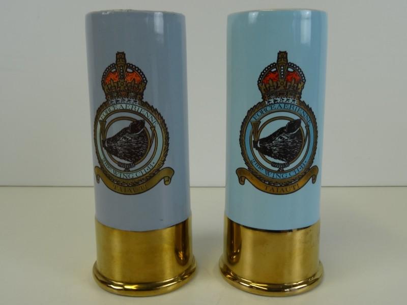 2 porceleinen bekers Force A Erienne