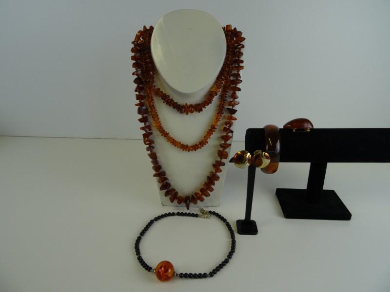 Vintage set juwelen amberkleurig