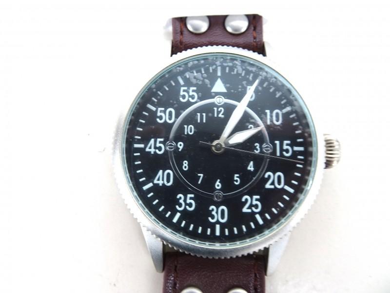 Pilot Watch (B)