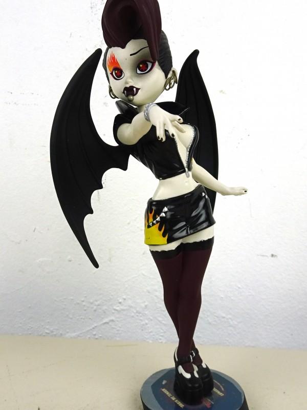 Bleeding Edge beeld (Lunabella & The Bats)