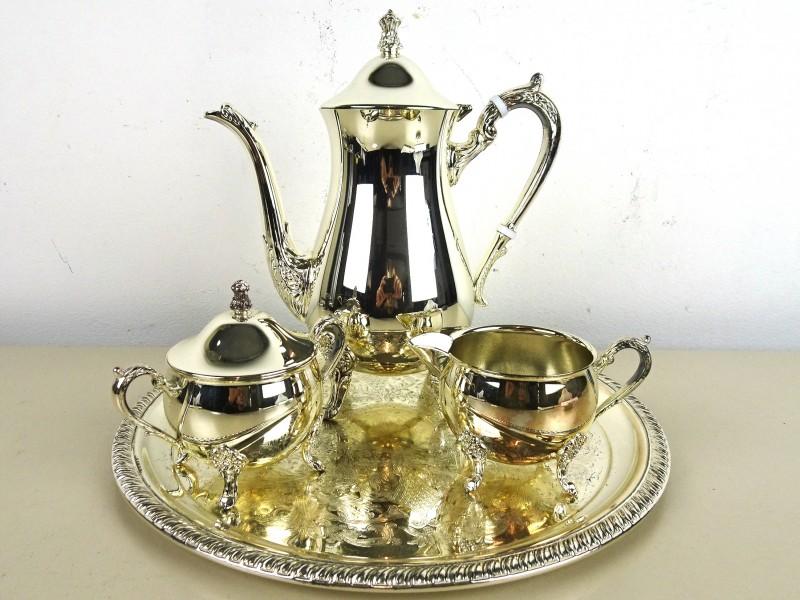 Verzilverd thee-koffie set