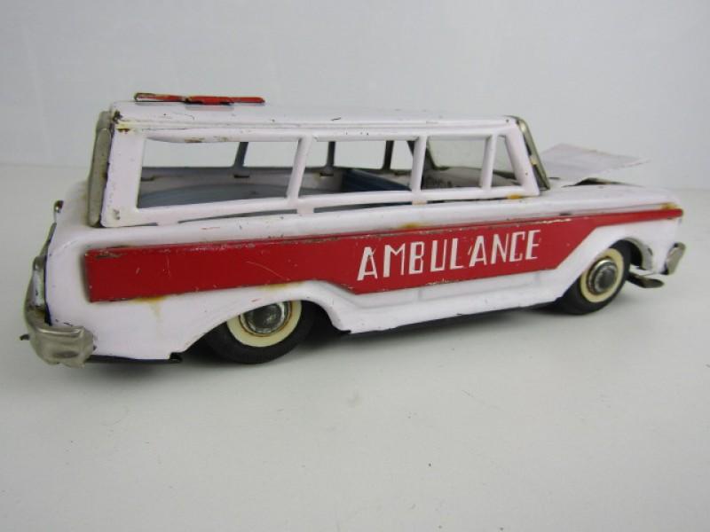 Blikken Speelgoed, Ambulance, Made in China