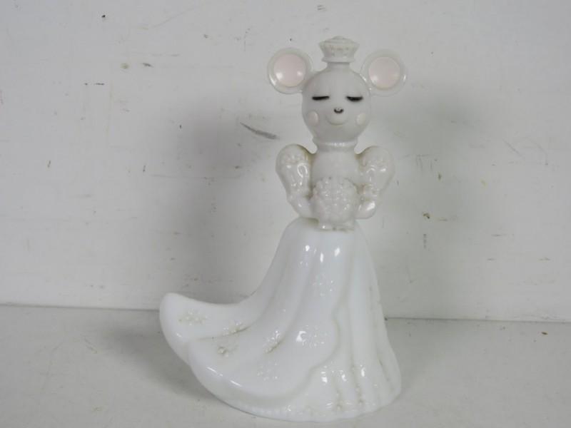 Vintage parfumflesje gemerkt Avon