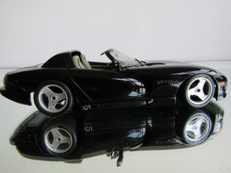 Schaalmodel: Dodge Viper, BBurago