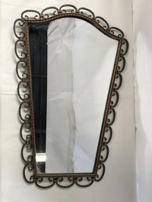 Spiegel met smeedijzeren rand