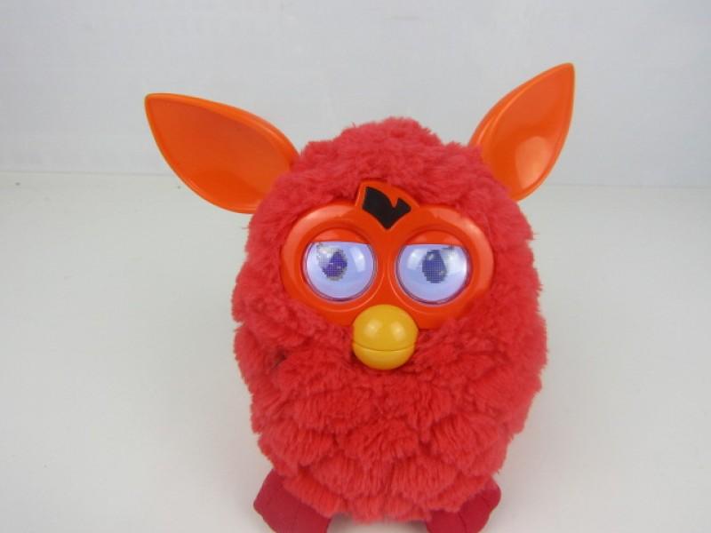 Speelgoed, Rode Furby, werkend