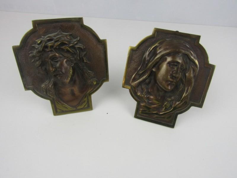 2 Koperen Staanders, Maria in Tranen, Christus met Doornkroon