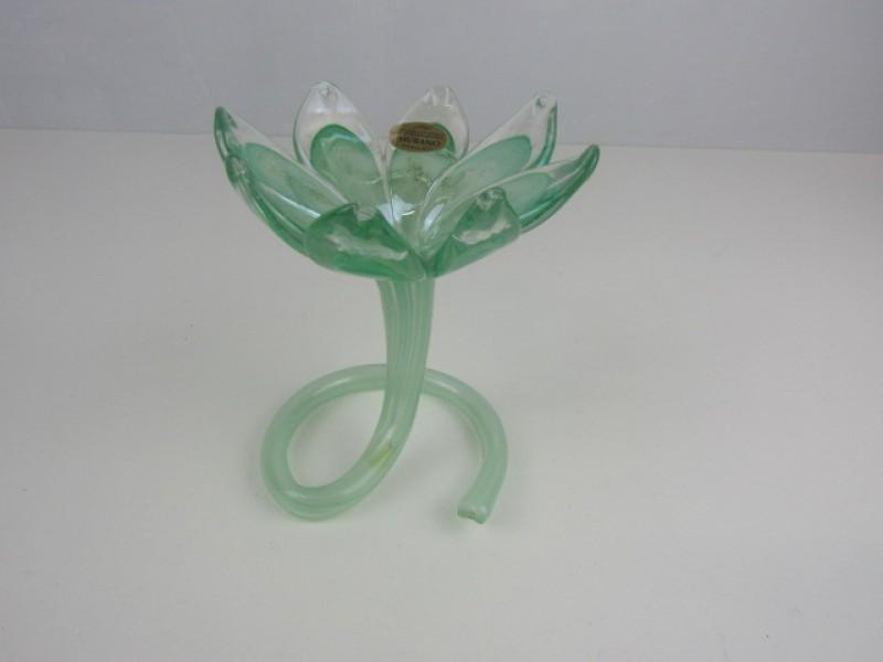 Sierlijk groen Vaasje, Art Decostijl, Murano techniek, Italië