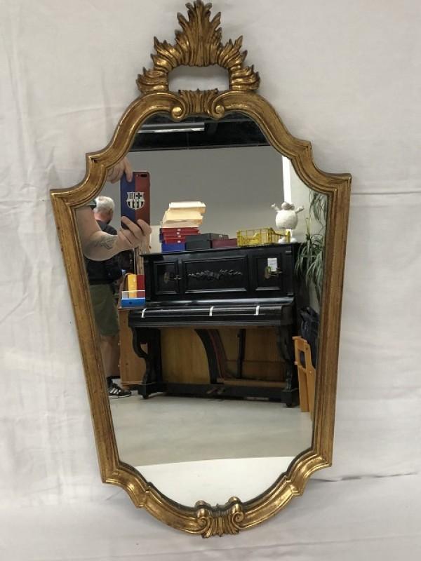 Spiegel in barok stijl