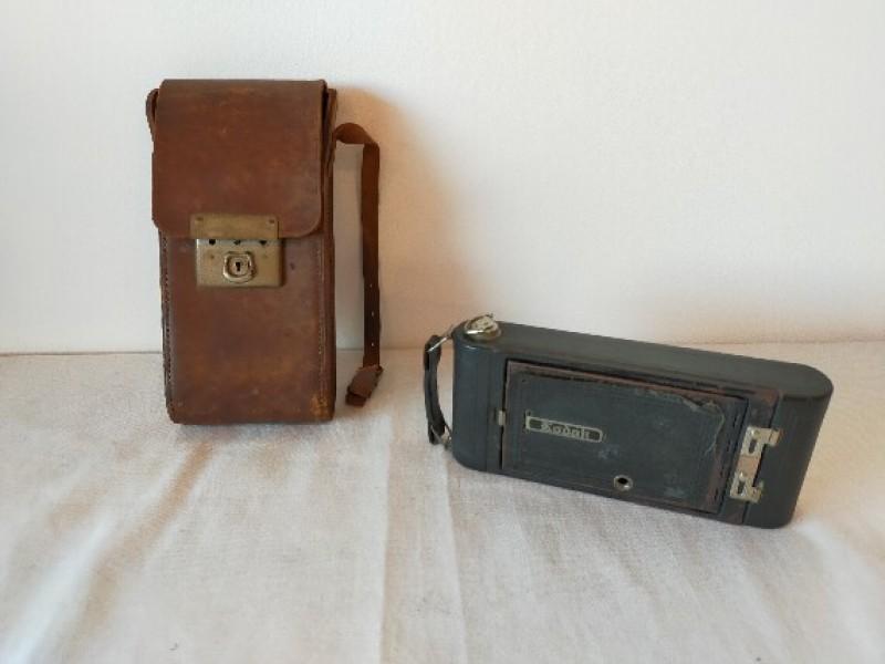 Antike kodak camera met tasje