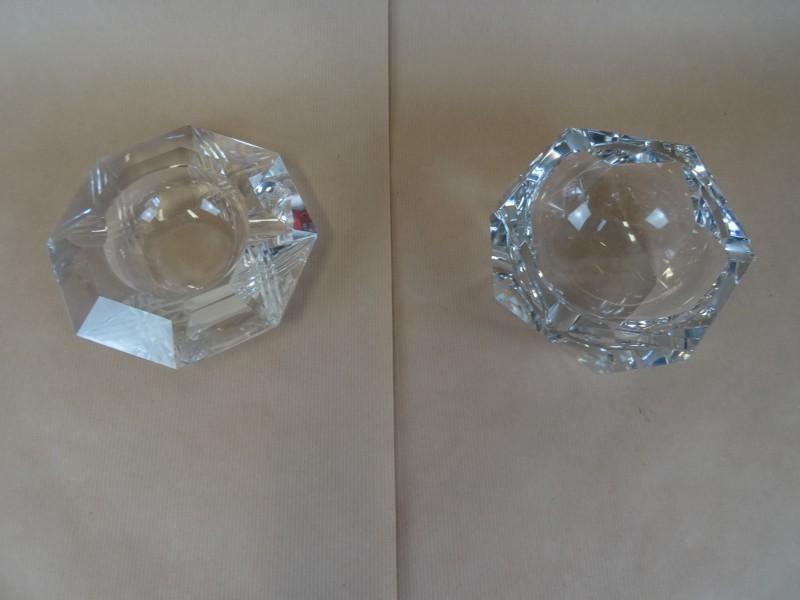 2 kristallen asbakken Val St Lambert