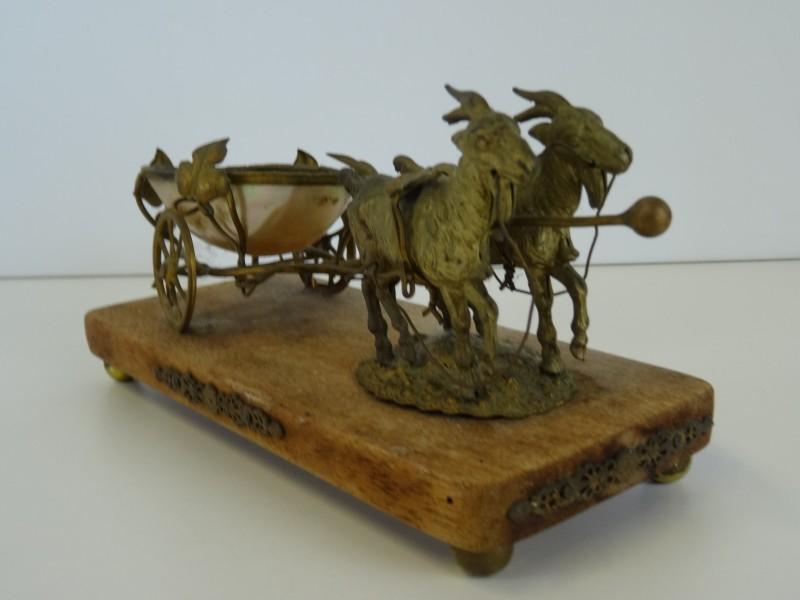 Antiek Frans Palais Royal Goat Mother of Pearl koets