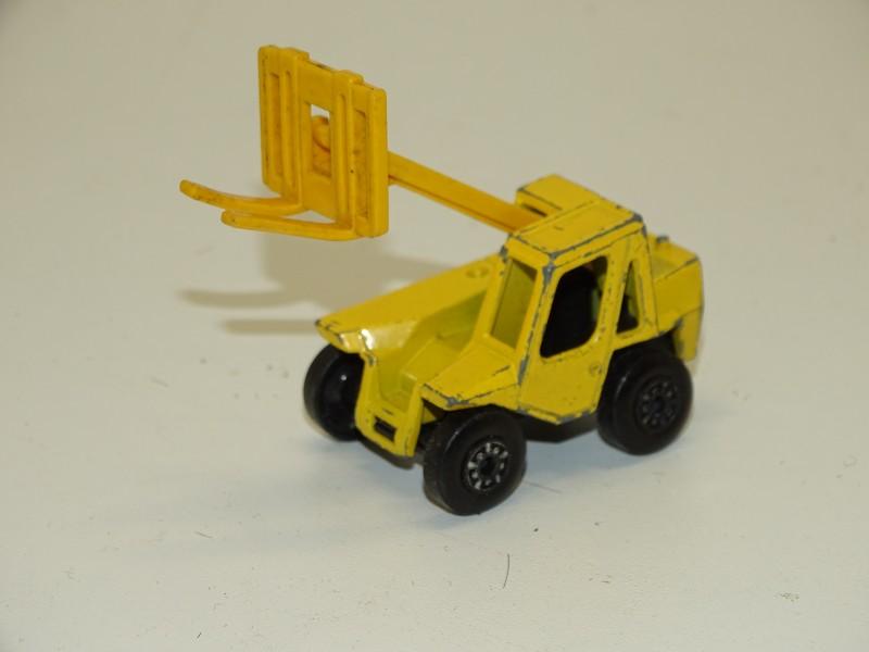 Speelgoedauto / Vorklift: Matchbox, Sambron Jacklift, Lesney Products, 1977
