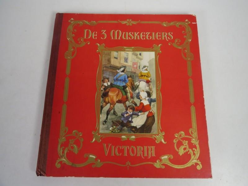 Viktoria album - 3 musketiers