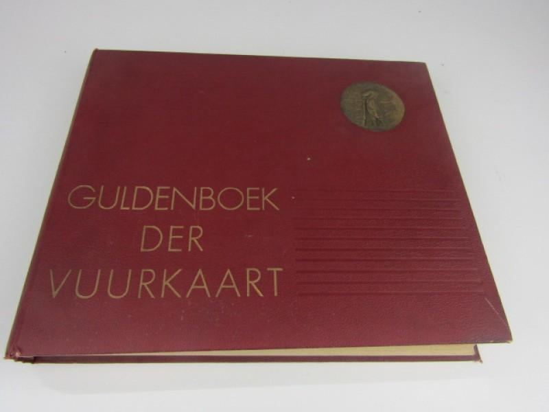 Zeldzaam Boek, Guldenboek der Vuurkaart, editie 1932 - 33, Gepersonaliseerd