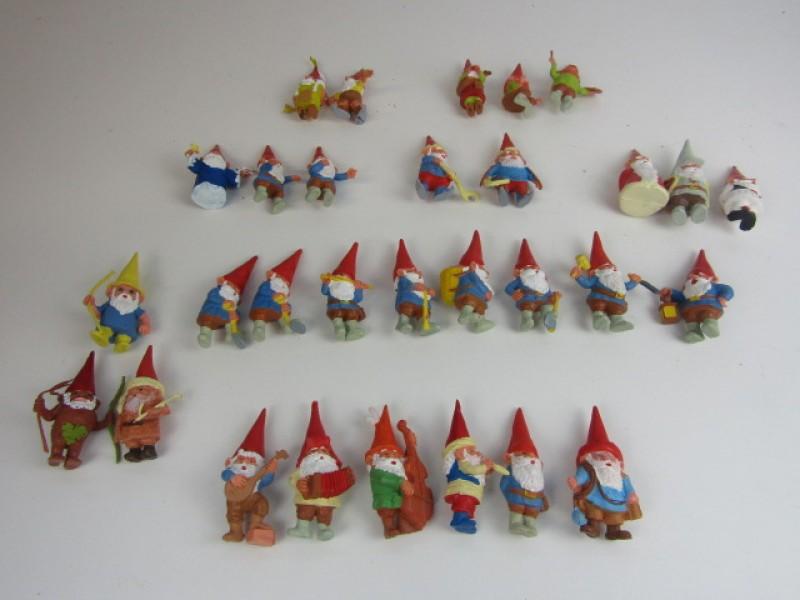 Speelgoed, 30 Vintage David de Kabouter Poppetjes