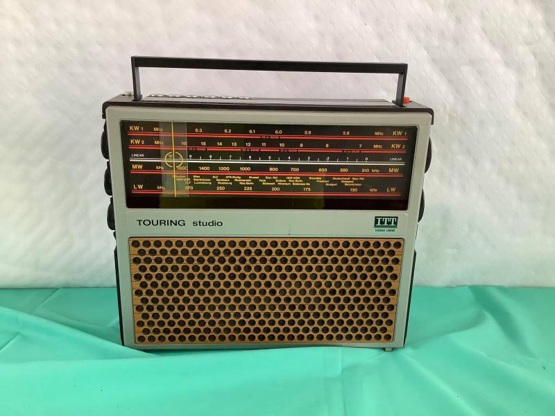 Vintage radio: Touring Studio ITT