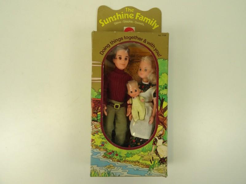 Vintage Sunshine Family 1970