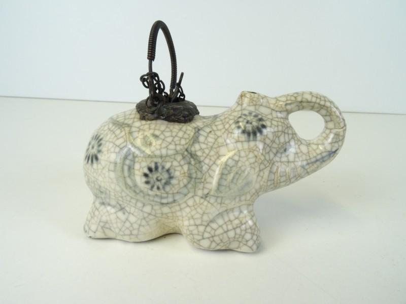 Antieke porseleinen Waterpijp voor opium