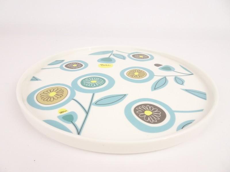 Porseleinen bord met bloemenmotief ø27cm.