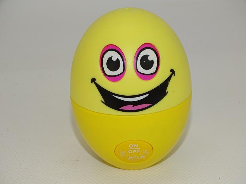 Speelgoed: Verstopt Ei, Spectron