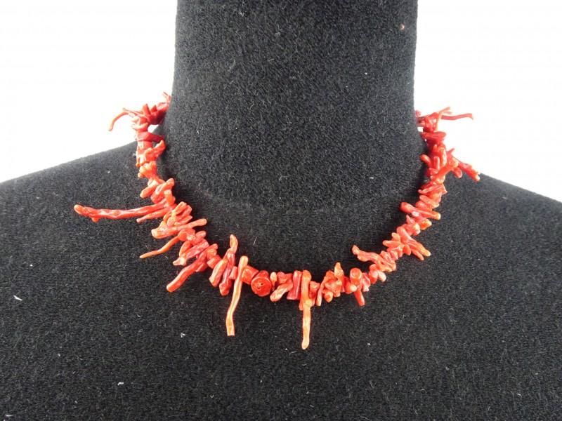 Rood koralen ketting