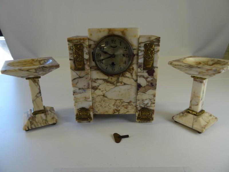 Vintage Rhythm Galeon XII Clock Citizen