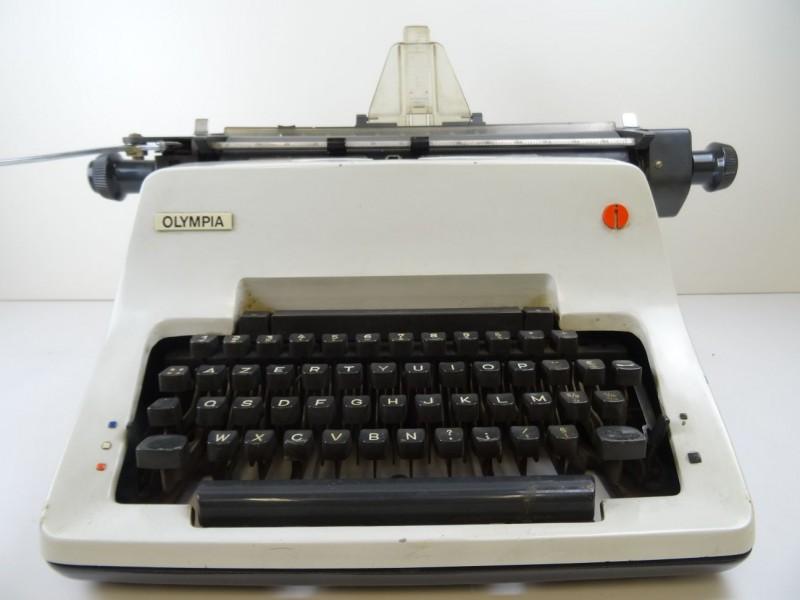 retro schrijfmachine Olympia jaren '70?