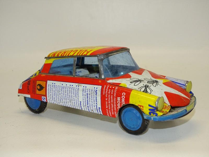 Blikken Auto: Citroen DS uit 1972