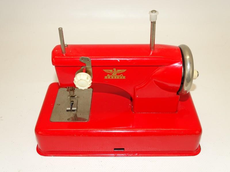 Speelgoed Naaimachine Casige, 20ste eeuw