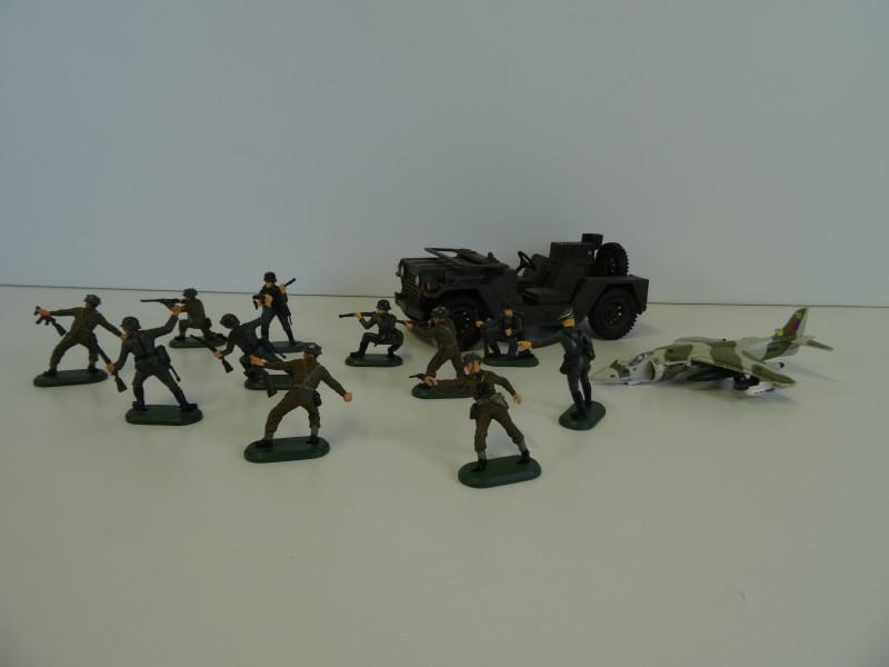 Vintage Lot Military toys