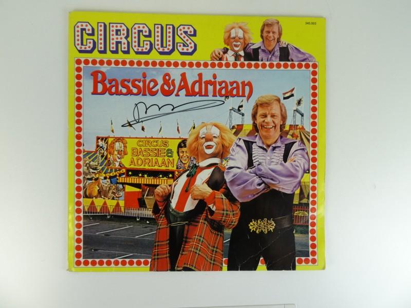 Bassie & Adriaan-Circus Vinyl LP gesigneerd door Bassie