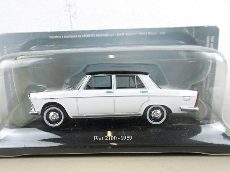 Fiat 2100 (1959) op schaal