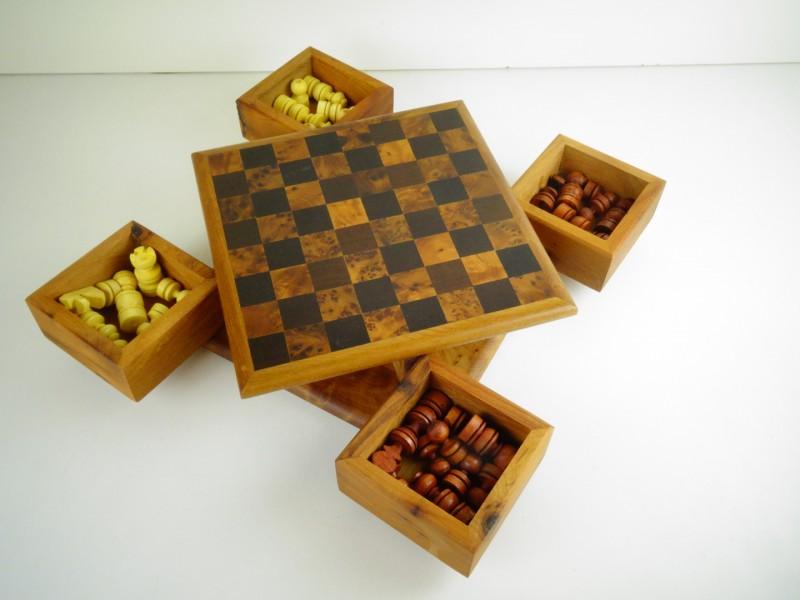 Marokkaans schaakbord uit Thuya hout