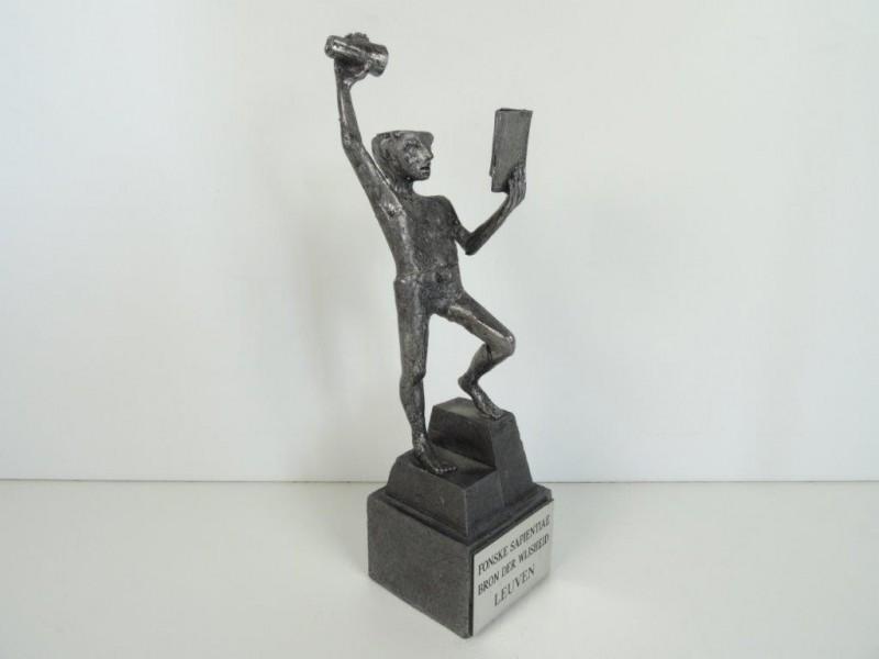 Arteel: Fonske Sapientiae Leuven bronzen beeldje