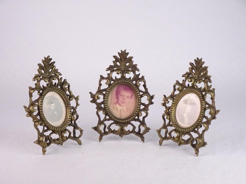 3 koperkleurige vintage fotokaders met steun.