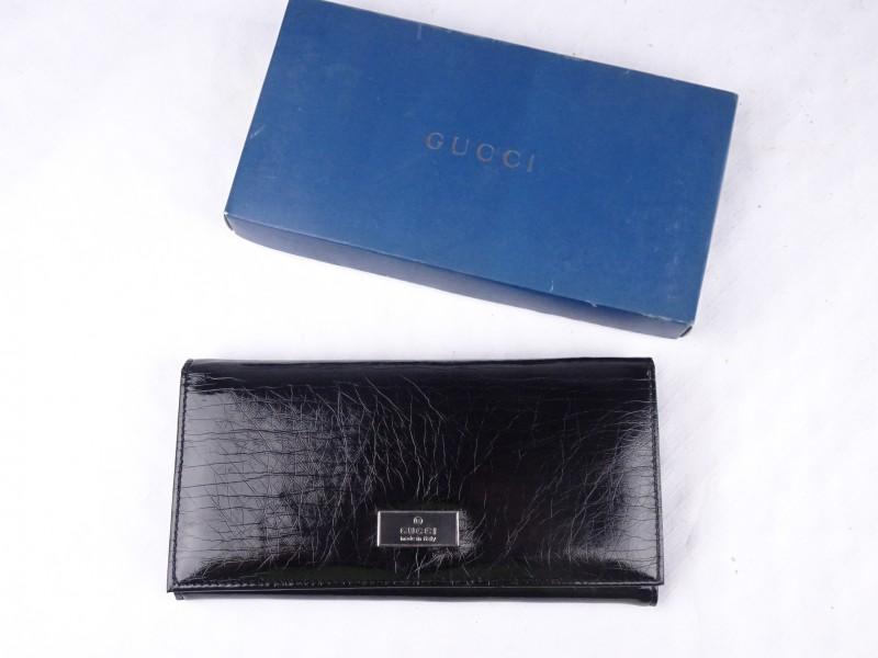 Gucci gemerkte portefeuille in origineel doosje.